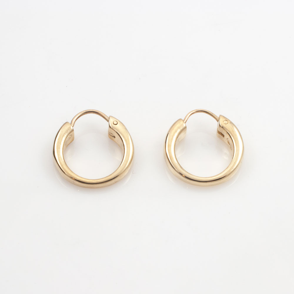 Loopy, 9ct yellow gold
