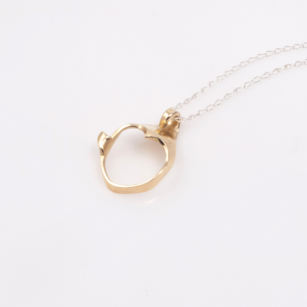 Impudant 9ct yellow gold